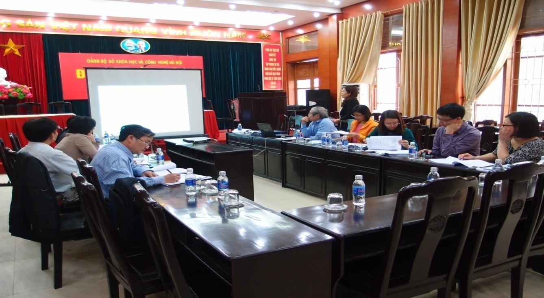 """Nghiệm thu Dự án SXTN: """"Áp dụng công nghệ sinh học để sản xuất giá thể mạ và mạ công nghiệp phục vụ cơ giới hóa trong sản xuất nông nghiệp tại Thành phố Hà Nội"""", mã số: P.2014.04."""